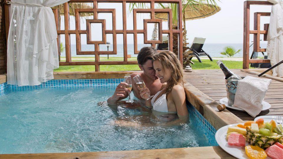 В Пунта-Кана откроют два отеля с эротическим уклоном