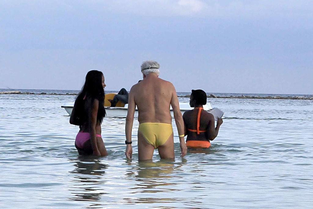 Секс Туризм В Доминикане Видео