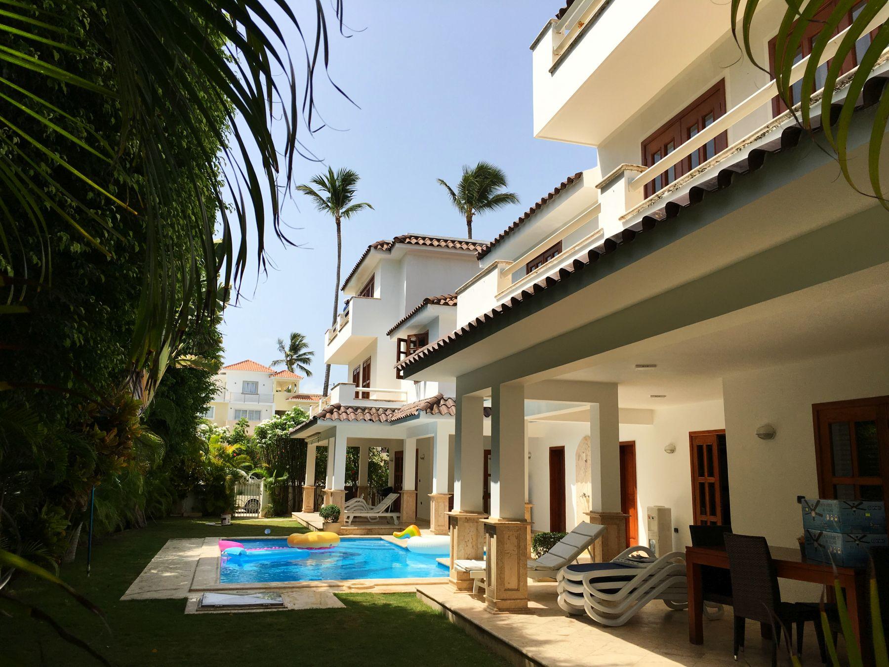 Аренда виллы в Доминикане, 1-я линия, Los Corales, Premiera 1