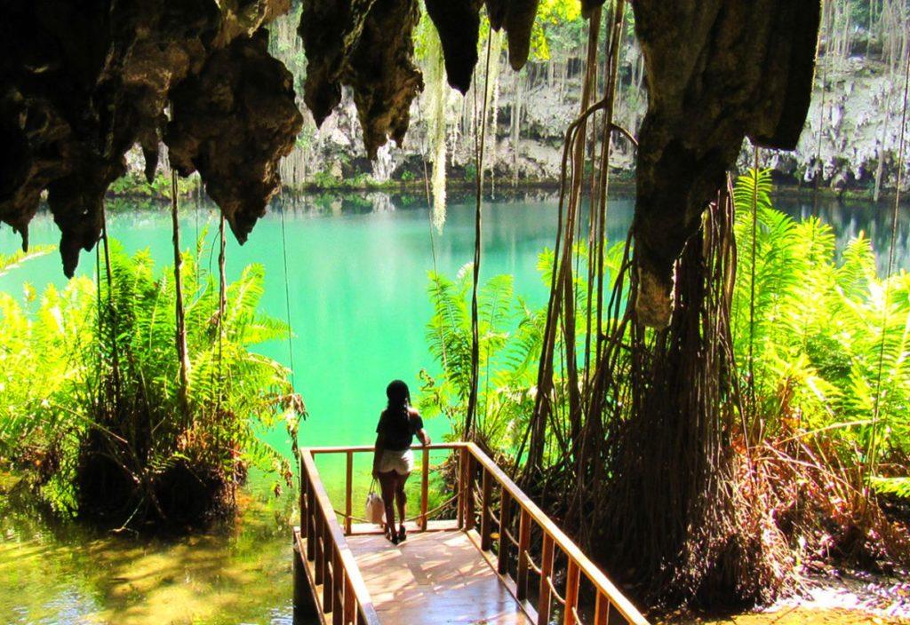 В Санто-Доминго бьют тревогу - разрушается пещера Три глаза