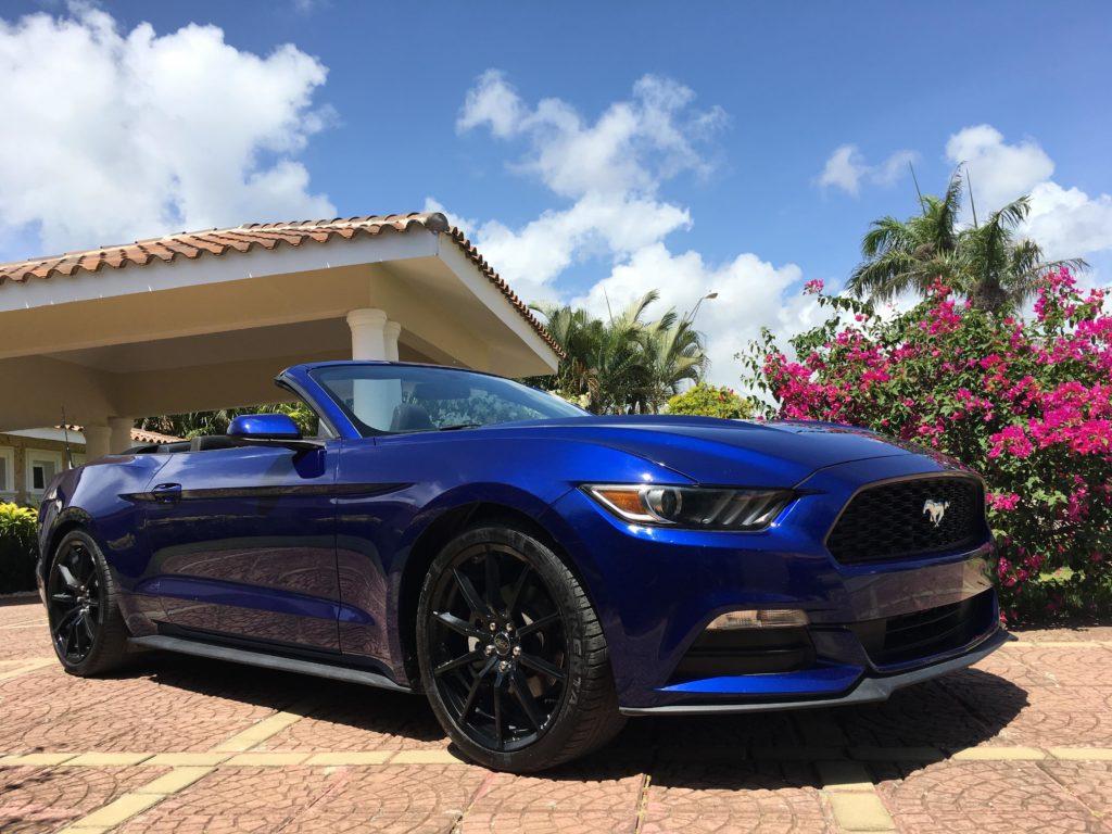 Аренда авто в Доминикане: кабриолет Ford Mustang