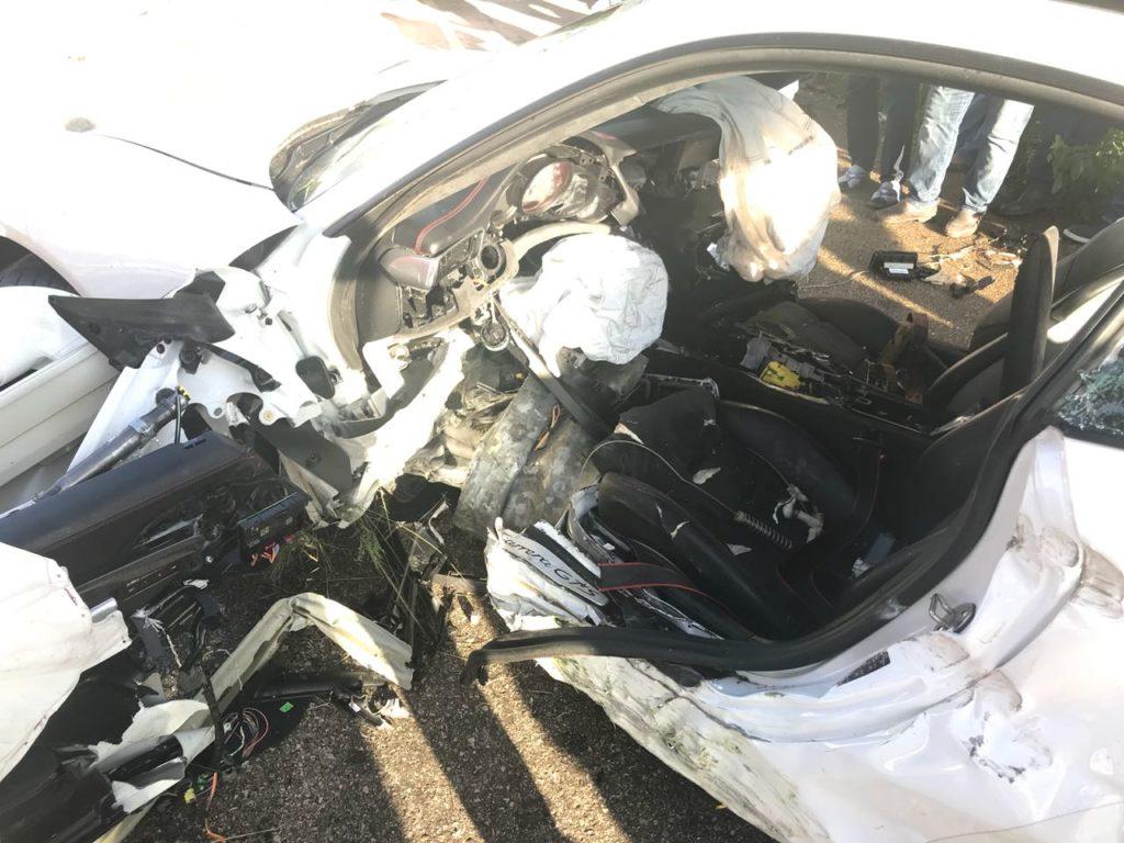 Porsche GTS попал в ужасное ДТП по дороге на Санто-Доминго