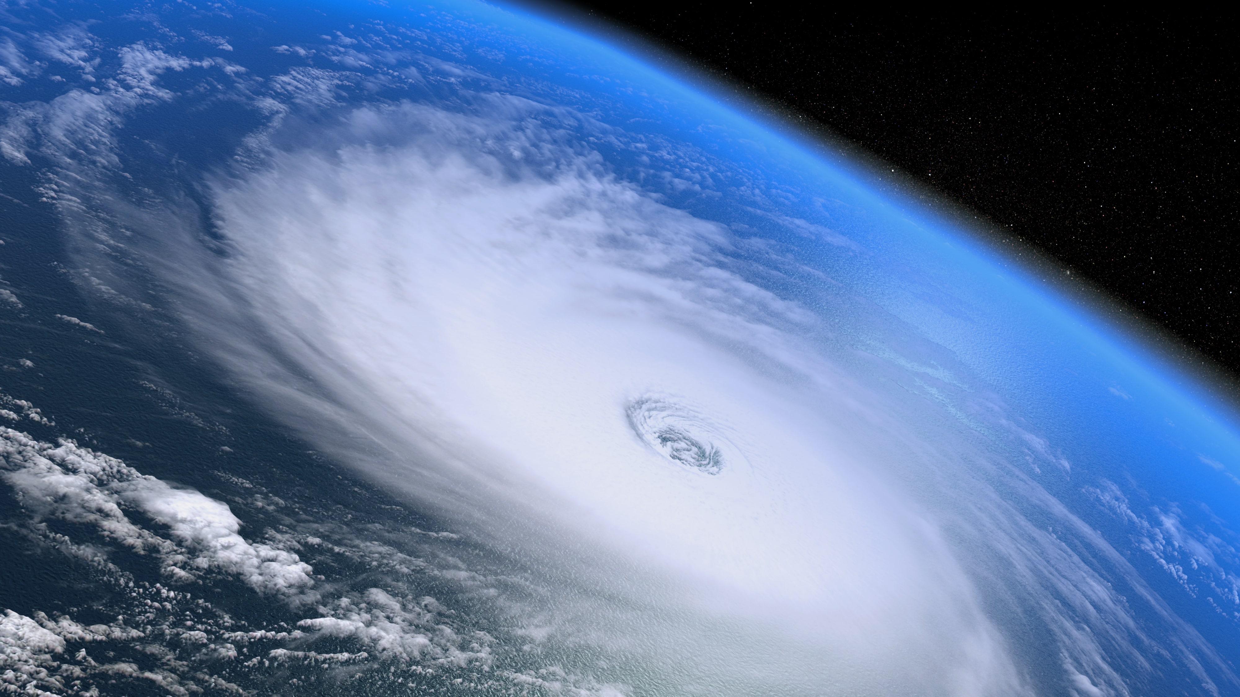 Ураган Исаак утратил свою силу и пройдет мимо Доминиканы