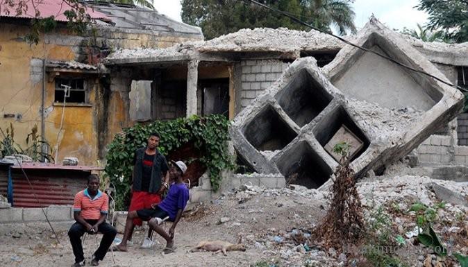 Землетрясение на Гаити унесло жизни 17 чел, пострадало 427 чел