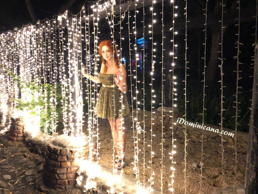 Город художников в Новогодних огнях. Фото. Видео