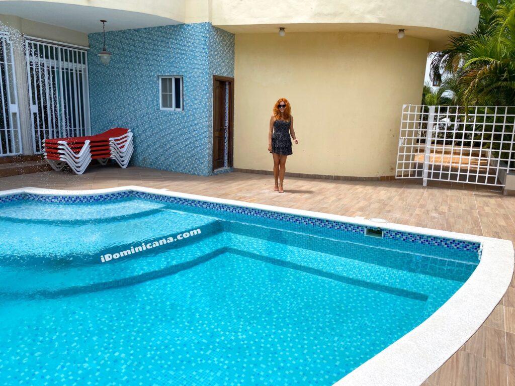Вилла Корабль в Доминикане: Баваро, 4 спальни, 2 бассейна, первая линия