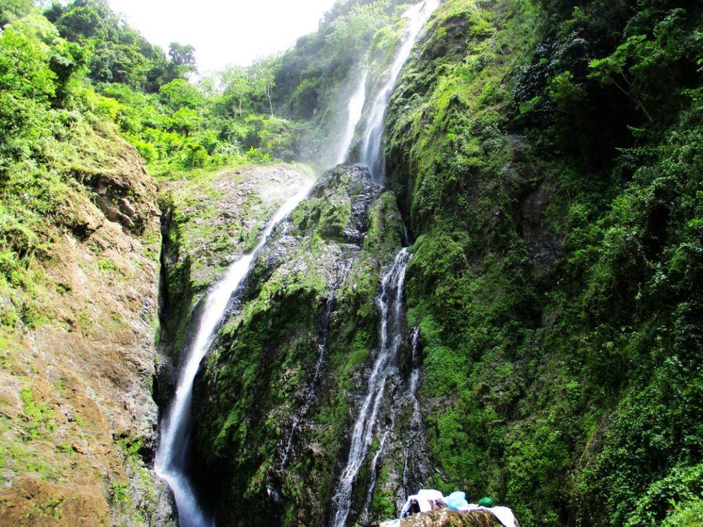 Гигантский водопад Ля Хальда в Доминикане – АйДоминикана