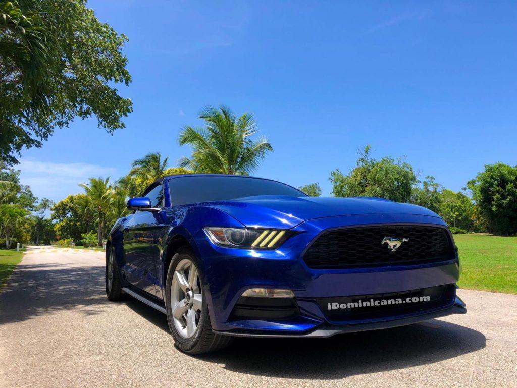 Авто Доминикана: новые фото кабриолета Ford Mustang iDominicana.com