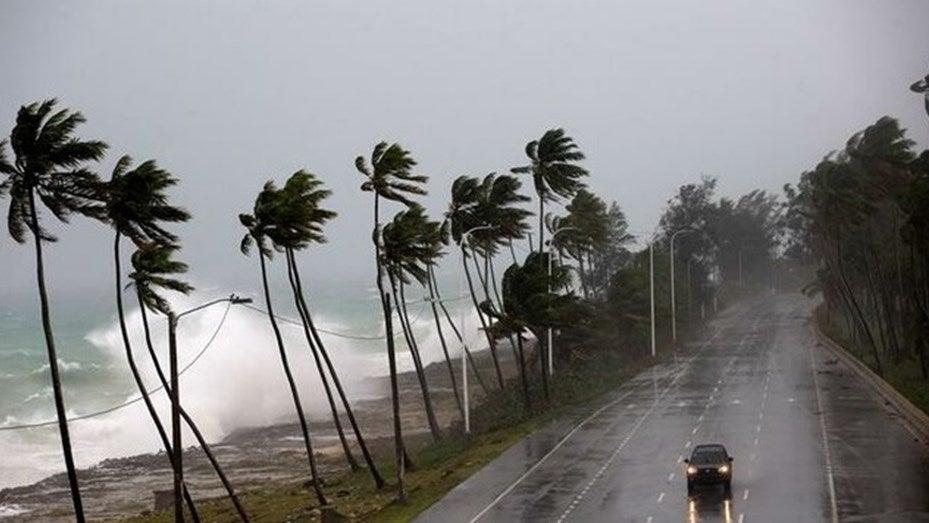 Шторм Дориан набрал силу и стал ураганом первой категории