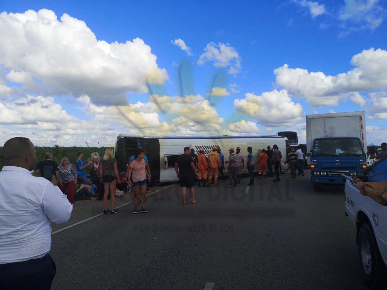 В Доминикане разбился автобус с русскими туристами - ранены взрослые и дети