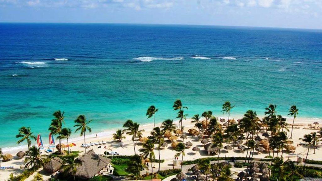 Количество туристов в Доминикане снизилось на 3,8%