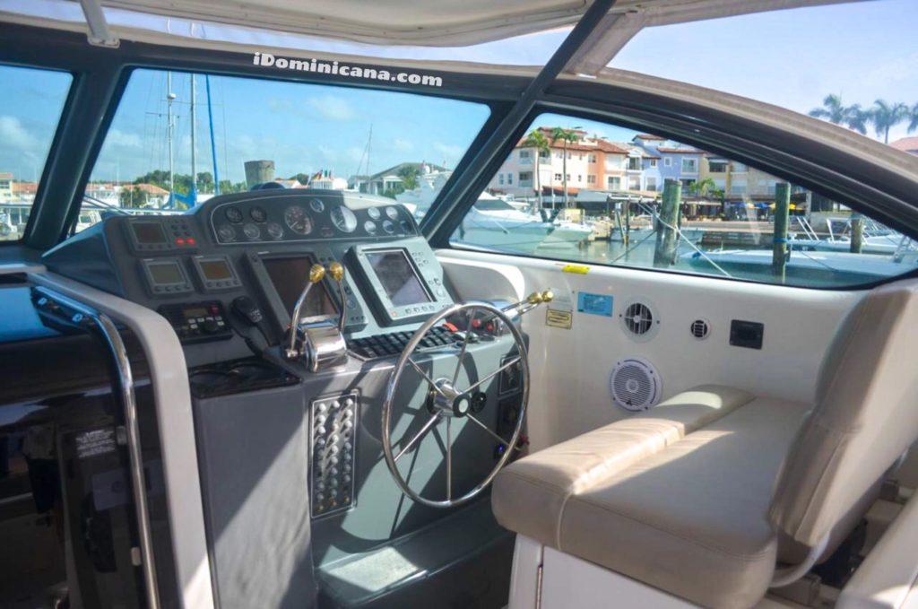 Аренда яхты в Доминикане: Tiara 38 ft iDominicana.com