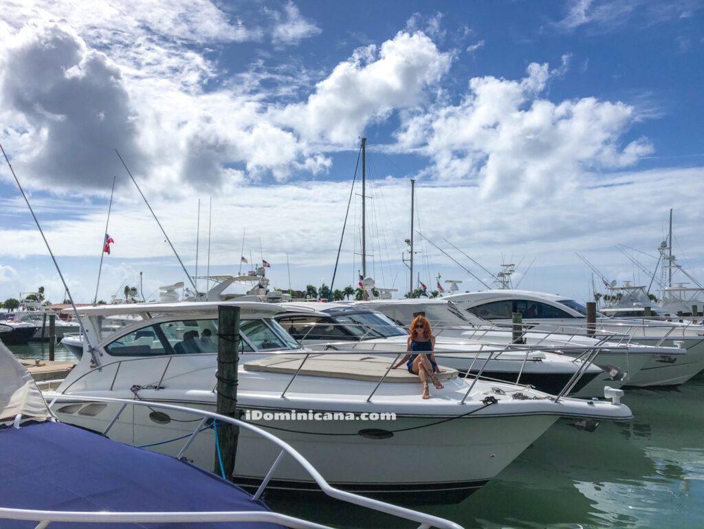 Аренда яхты в Доминикане: Tiara 38 ft