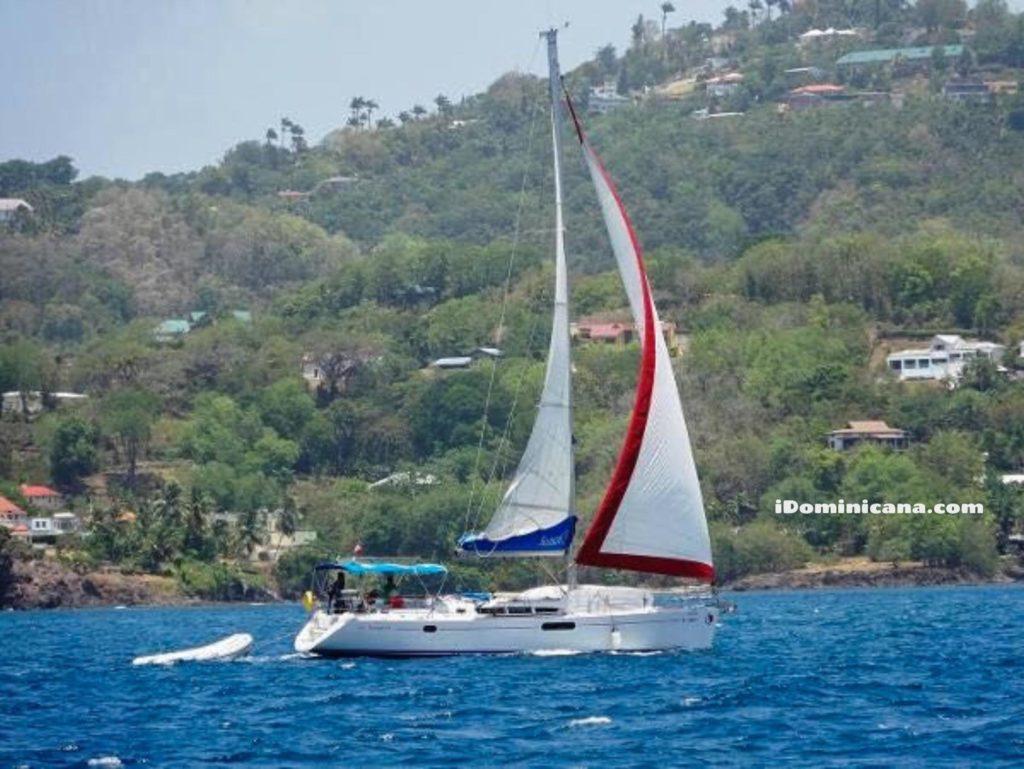 Парусная яхта в Доминикане: Самана, остров Бакарди iDominicana.com