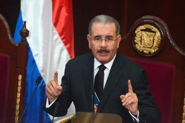 Президент Доминиканы выступит сегодня перед народом