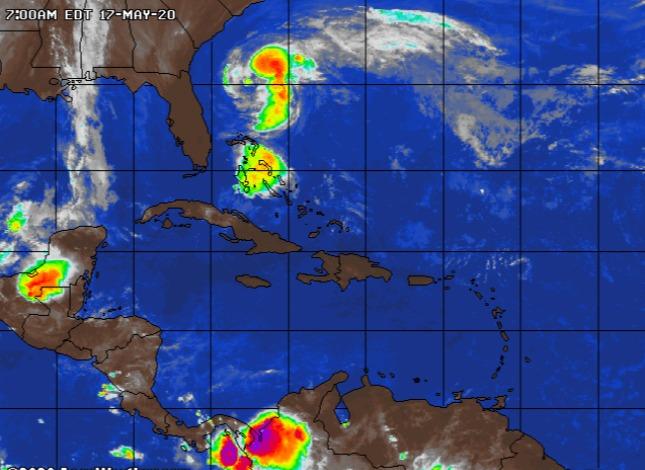 В Атлантике сформировался тропический шторм Артур