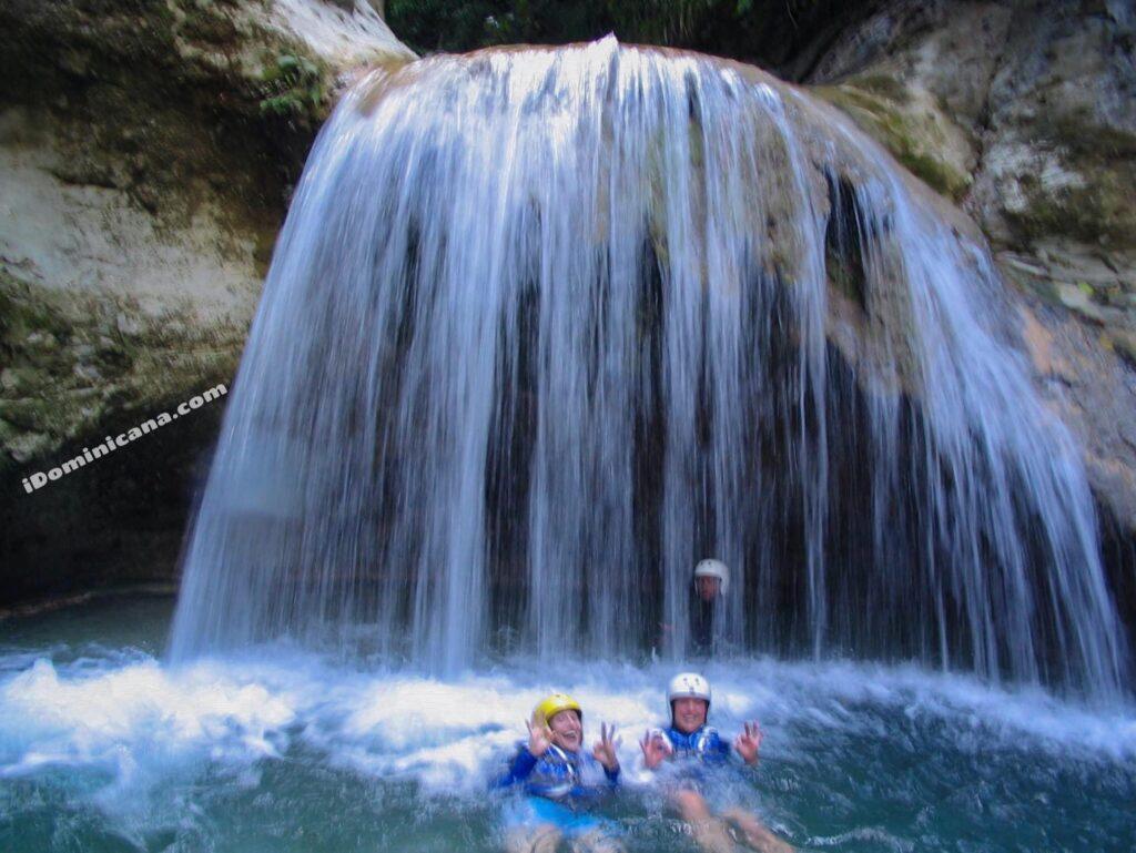 27 водопадов в Доминикане снова открыты!