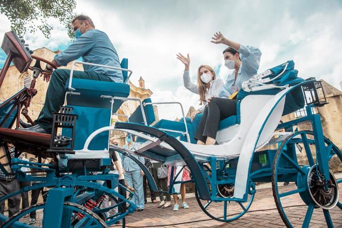 Конные экипажи в Санто-Доминго заменили электромобили