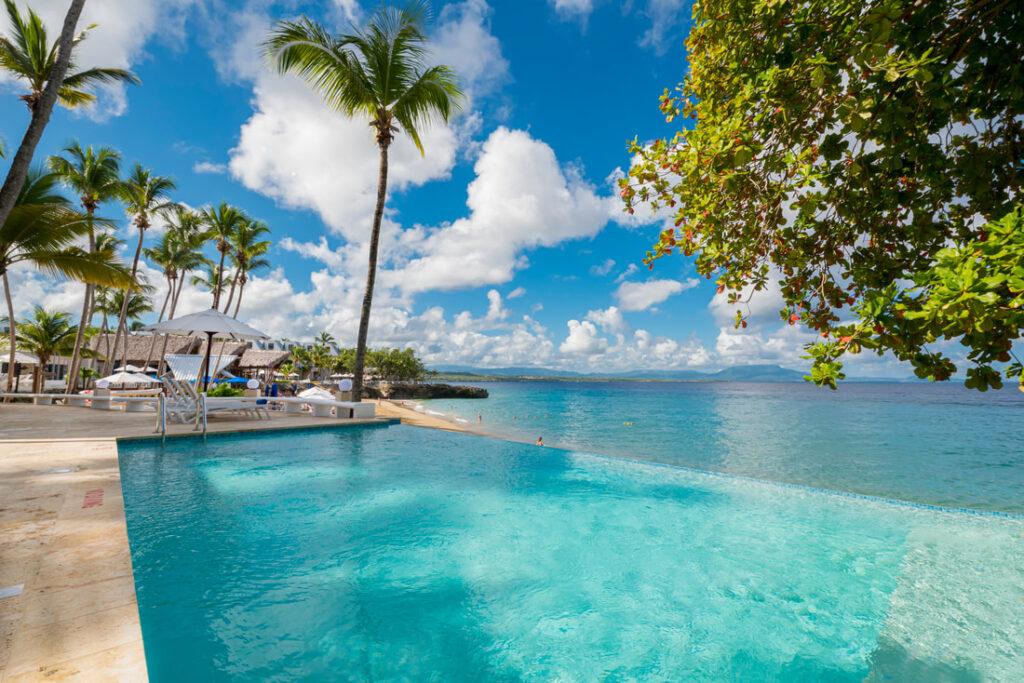 Отель Casa Marina Beach & Reefв Доминикане возобновил работу