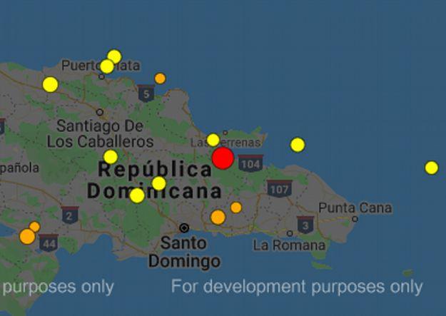 """19 октября в Доминикане произошло землетрясение, магнитудой 4,8-5. Землетрясение в Доминикане - 19 октября Около 5:00 19 октября в Доминикане произошло землетрясение в провинции Самана. Как сообщает Национальный сейсмологический центр Автономного университета Санто-Доминго (UASD) - магнитуда землетрясения составила 4,8. При этом профильное приложение по регистрации сейсмологической активности - Earthquake - сообщает, что подземных толчков было несколько и самые мощные из них были магнитудой 5,0. По данным сейсмологов землетрясение произошло в 13 км от города Санчес. Эпицентр подземных толчков находился на глубине 23 км. По данным CNS, движение произошло в 13 км от Санчеса на глубине 23 км. Примерно в это же время - с разницей в 2 минуты произошло и землетрясение в Карибском море, магнитудой 4,2. Данные о возможных разрушениях не поступали. Напомним, что магнитуда землетрясение по шкале Рихтера от 1 до 9,5. Ее часто путают с 12-бальной шкалой интенсивности землетрясения. """"Шкала Рихтера содержит условные единицы (от 1 до 9,5)— магнитуды, которые вычисляются по колебаниям, регистрируемымсейсмографом. Эту шкалу часто путают сошкалой интенсивности землетрясения в баллах(по 7 или 12-балльной системе), которая основана на внешних проявлениях подземного толчка (воздействие на людей, предметы, строения, природные объекты). Когда происходит землетрясение, то сначала становится известной именно его магнитуда, которая определяется по сейсмограммам, а неинтенсивность, которая выясняется только спустя некоторое время, после получения информации о последствиях"""", - Википедия. [su_highlight background=""""#fdfd84""""]Друзья, подписывайтесь на наши аккаунты в Инстаграм @i.dominicana и @dominicana.puntacana - следите за сторис и актуальными публикациями. Будьте в курсе последних новостей из Доминиканы![/su_highlight] Читайте также: Экскурсии в Доминикане 2020: программа, цены, фото, видео _____________ Напоминаем, чтоiDominicana.com — это новости на русском языке и полезная информация о Дом"""
