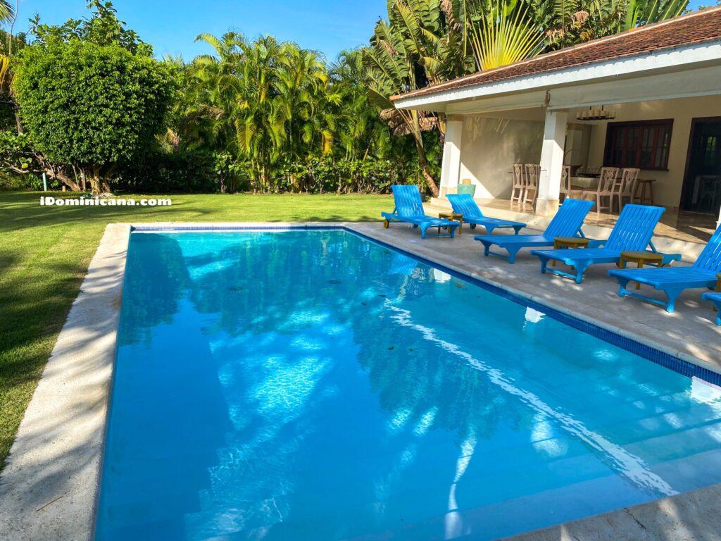 Вилла Amadeya в Пунта-Кана (аренда): 4 спальни, 10 мин пешком к пляжу