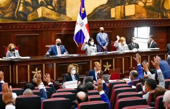 Доминикана продлила чрезвычайное положение до 15 января 2021