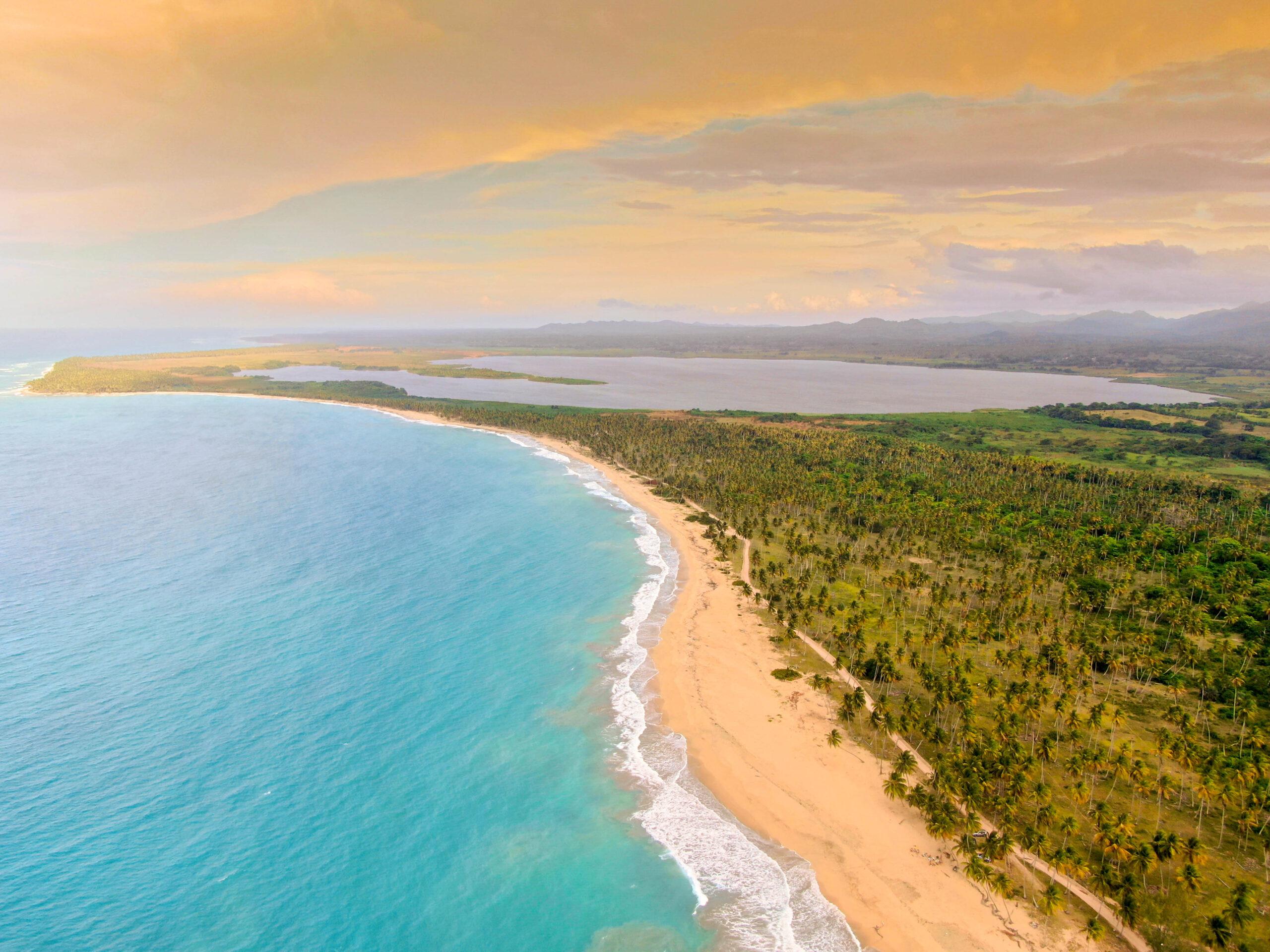 На пляже Эсмеральда в Доминикане построят 2 отеля стоимостью $400 млн
