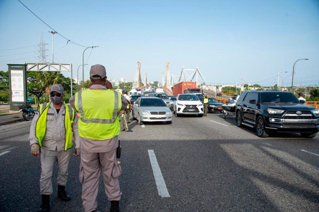 В Республике Доминикана продлили комендантский час до 22 февраля