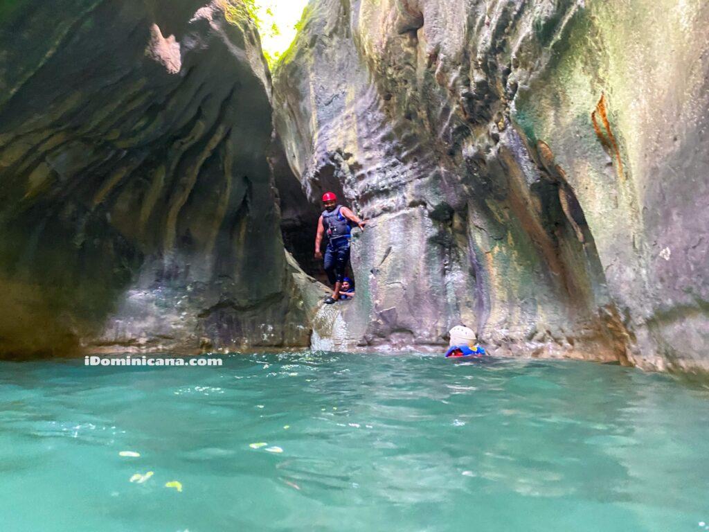 27 водопадов Республики Доминикана