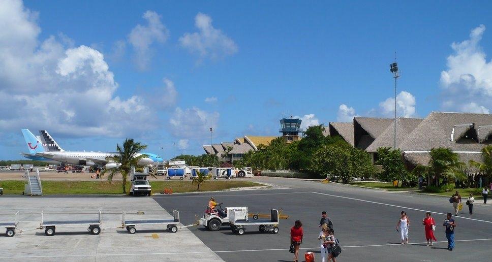 Аэропорт Пунта-Кана завершил вакцинацию своих сотрудников
