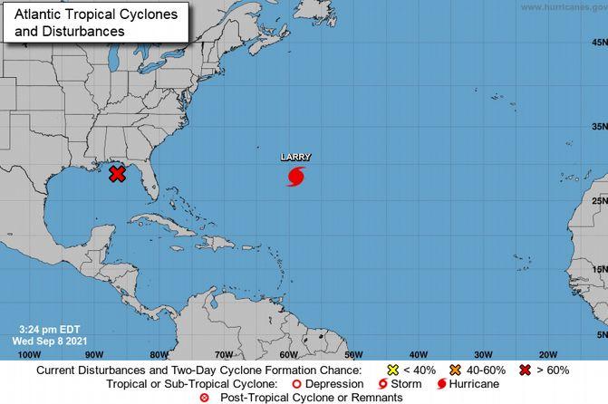 Ураган Ларри не угрожает Доминикане, но вызывает волны на пляже